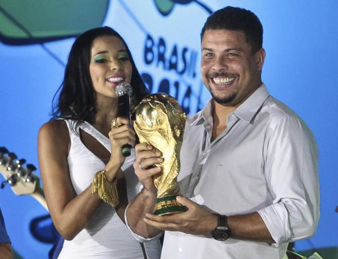 El ex futbolista Ronaldo Nazario en el acto de inauguración de la...