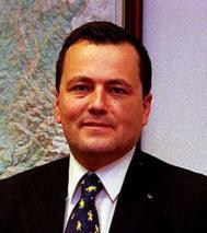 Agustín Hernández.