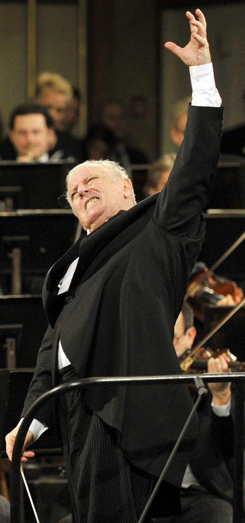 Barenboim durante el Concierto de Año Nuevo 2014 de la Filarmómica...