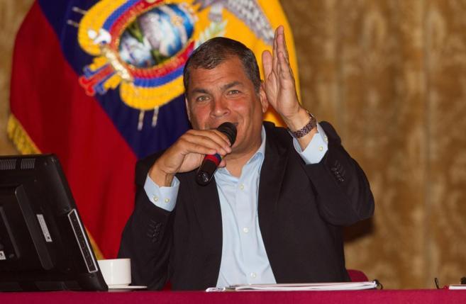 El presidente de Ecuador, Rafael Correa, en un encuentro con medios...
