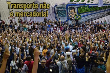 Asamblea de los trabajadores del metro de Sao Paulo