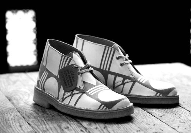 En la imagen, el exclusivo modelo Desert Boot de las firmas Clarks...