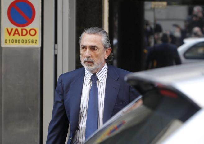 El líder de la trama Gürtel, Francisco Correa, abandona la Audiencia...
