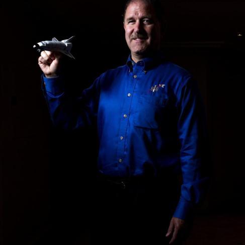 El astronauta y director científico de la NASA, John Grunsfeld.