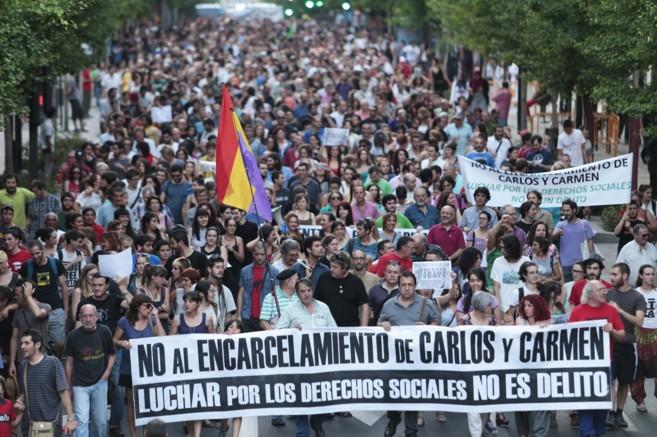 La cabecera de la manifestación celebrada este viernes en Granada.