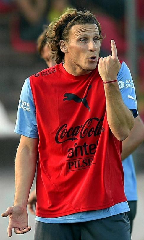 Forlán, en un entrenamiento con Uruguay en Sete Lagoas.
