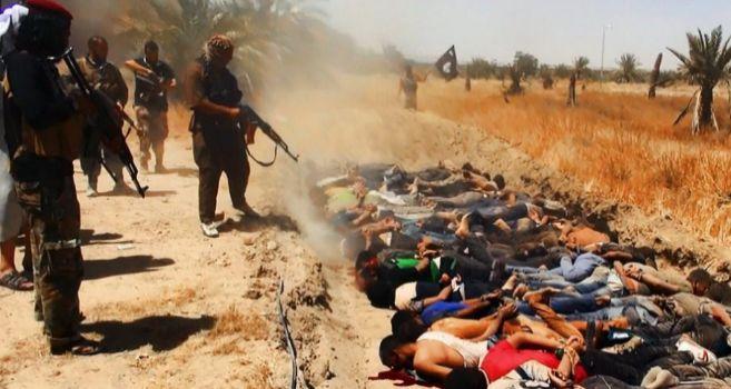 Militantes del ISIS ejecutan supuestamente a miembros de las fuerzas...