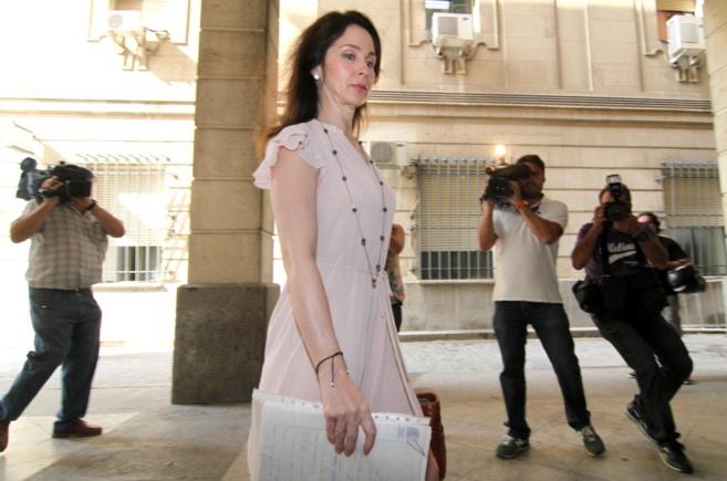 Mercedes Alaya, a su llegada al juzgado en Sevilla.