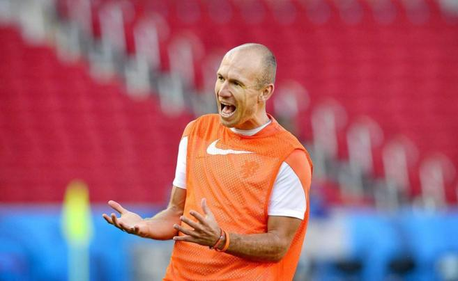 Robben durante el entrenamiento del martes en Porto Alegre.