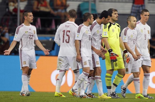 Los jugadores de la Selección, durante el partido contra Holanda en...