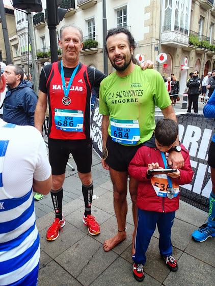 Mayo: Maratón de Vitoria, 'todo a favor'.