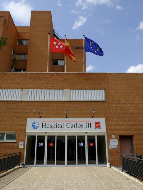 Fachada del hospital Carlos III.