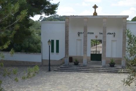 Cementerio de Sant Joan donde se han iniciado las tareas de...