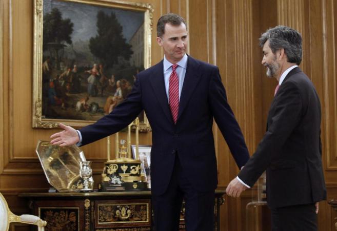 El Rey en el Palacio de la Zarzuela con presidente del Tribunal...