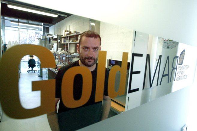 Ernest Mendoza, fundador de Goldemar, en la sede de la compañía en...