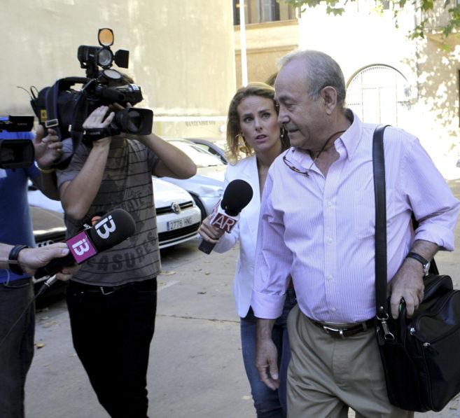 El juez Castro a su llegada al juzgado de Palma antes de hacer...