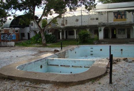 Casa de Pablo Escobar en la Hacienda Nápoles, en 2009.