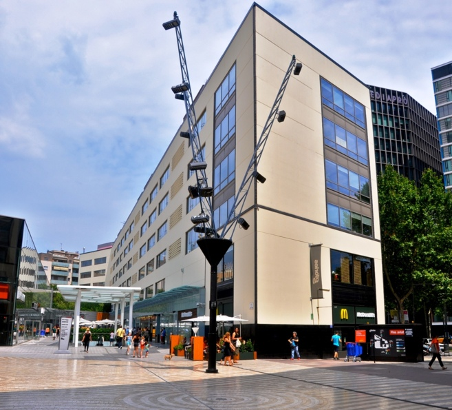 Imagen del edificio Les Glòries.