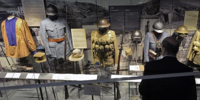 Uniformes de la I Guerra Mundial en una exposición en Viena.