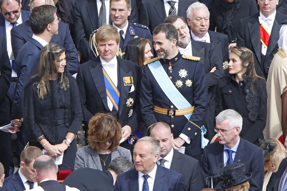 Los entonces Príncipes de Asturias, junto a Guillermo Alejandro y...