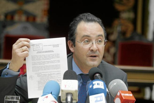 El alcalde de Leganés, Jesús Gómez, durante una rueda de prensa en...