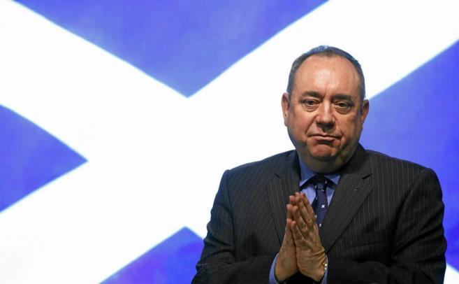 El primer ministro escocés, Alex Salmond, durante una rueda de prensa...