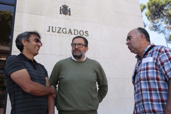Joaquín Martínez, Miguel Ángel Herrera y Miguel Esteban, autores de...