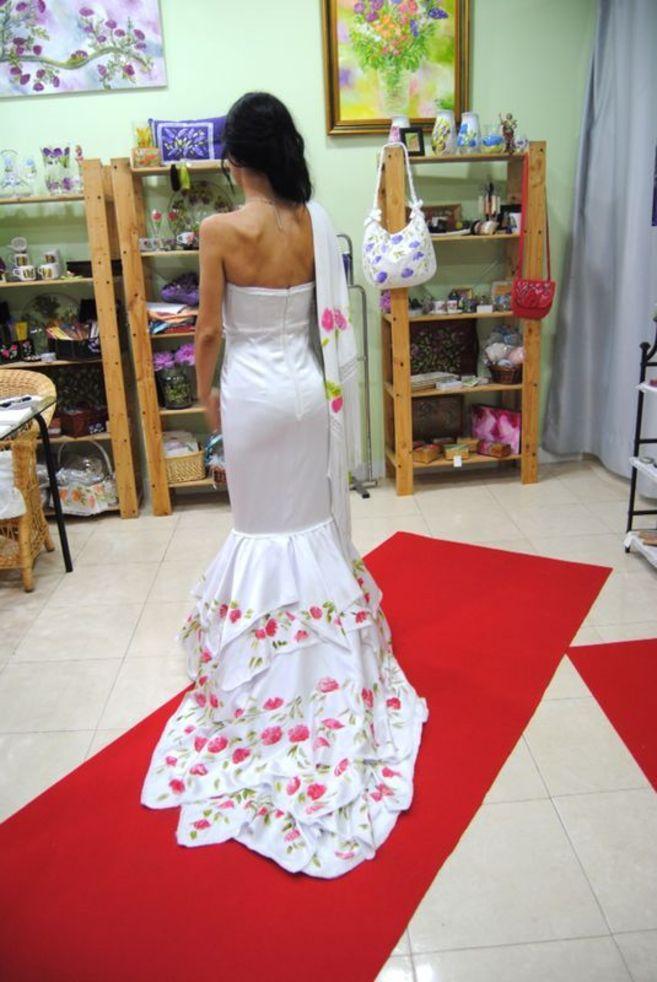 Nuevo diseño de la colección de novia de Lola Pinel.