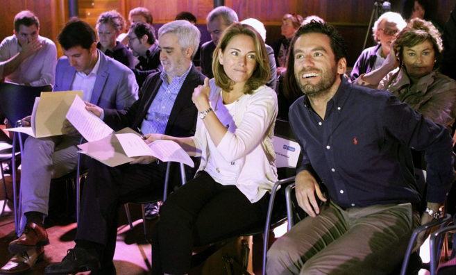Arantza Quiroga junto a Borja Sémper en el acto del PP en San...