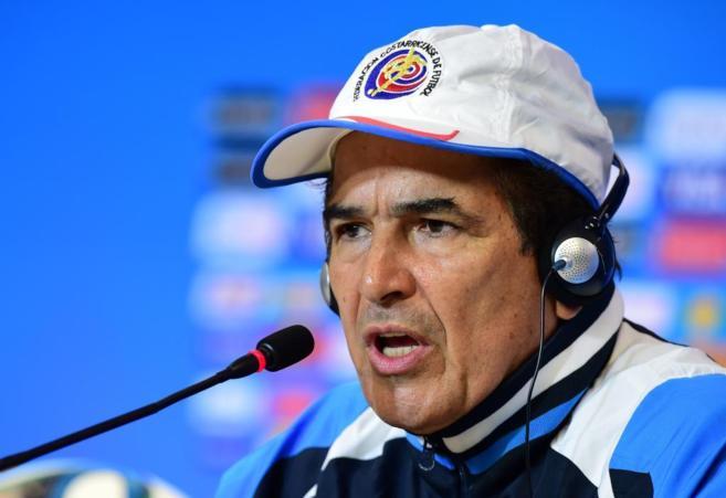 Jorge Luis Pinto duante la rueda de prensa antes del encuentro de...