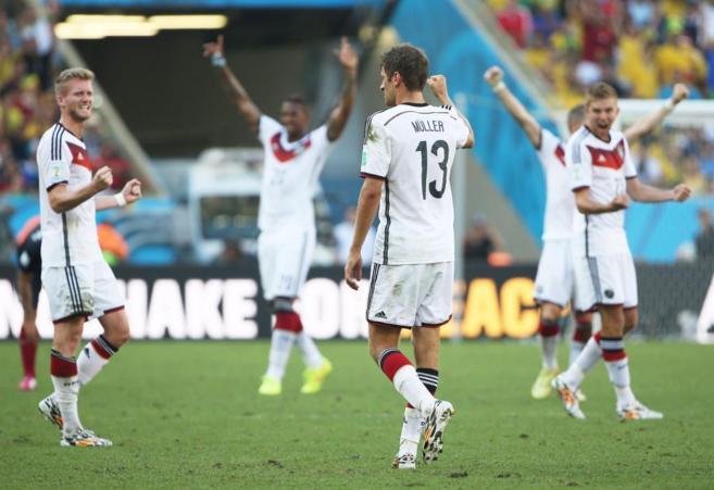 Jugadores alemanas celebran el pase a semifinal.