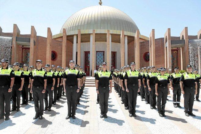 Presentación de los policías que aprobaron la oposición.