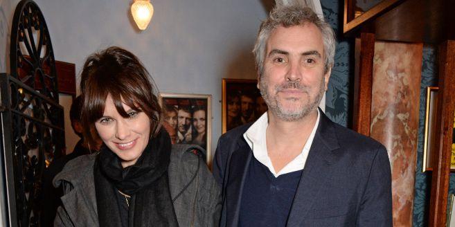 Alfonso Cuarón ya comparte casa con su novia Shazza y sus proles