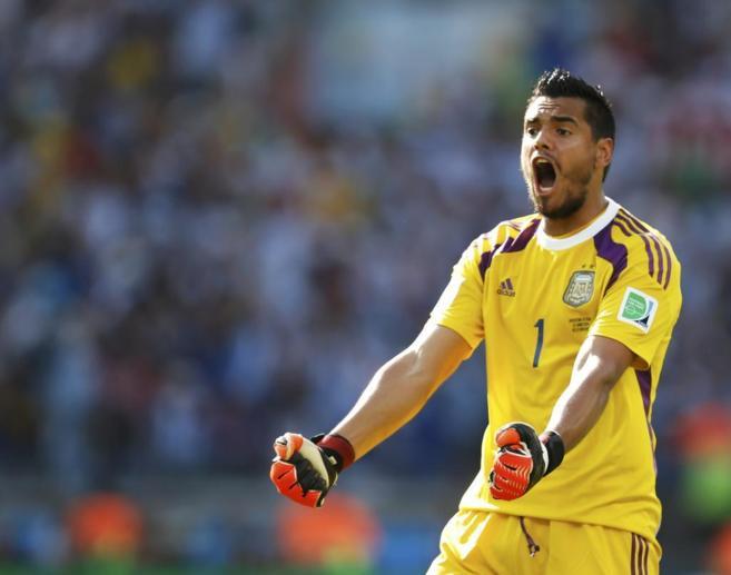 El guardameta Sergio Romero dio el salto al fútbol europeo en el AZ...