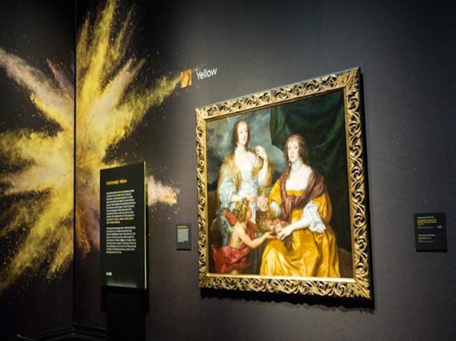 Una de las obras de Making Colour, referenciada al amarillo.