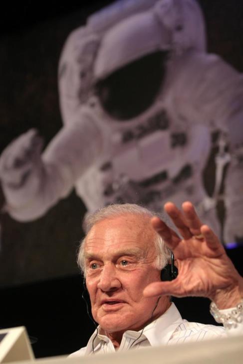 El ex astronauta de la NASA, Buzz Aldrin.