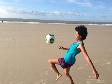 Campos De Futbol Portatiles Para Los Ninos Pobres De Brasil