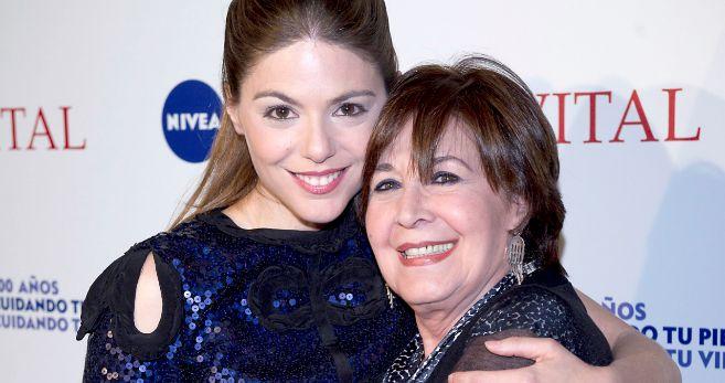 Concha Velasco, junto a su sobrina Concha.