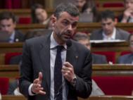 Santi Vila en el Parlamento de Cataluña
