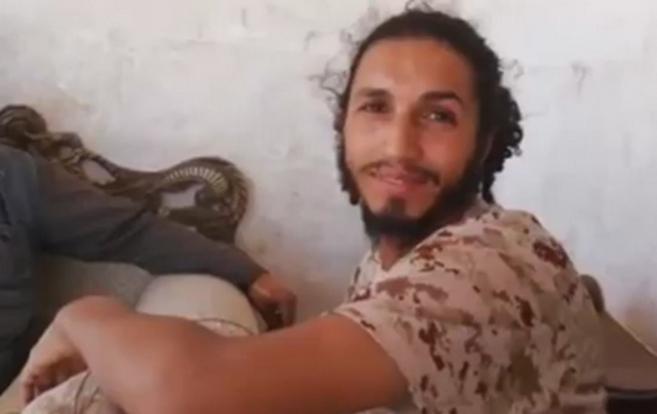 Imagen de un yihadista perteneciente al vídeo en el que los...