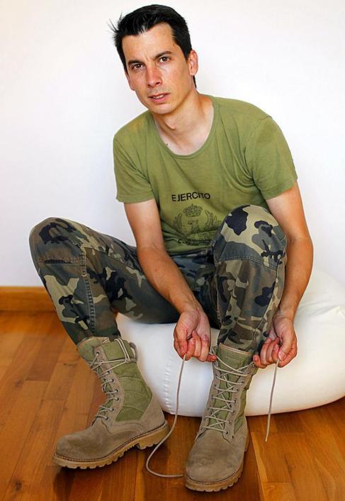 El teniente Luis Gonzalo Segura.