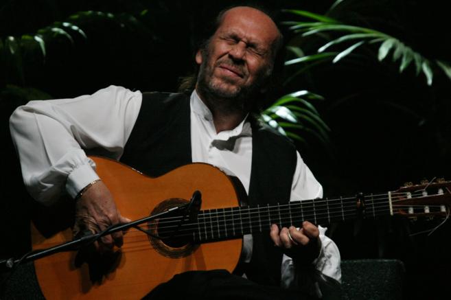 El guitarrista durante una actuación en Palma el pasado 2008.