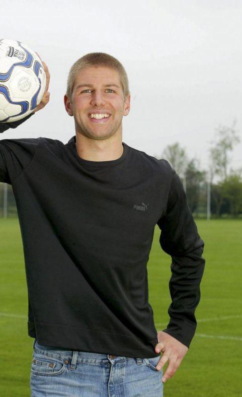 Thomas Hitzlsperger.  Fue el primer futbolista en declarar...