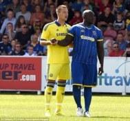 Akinfenwa junto a Terry.