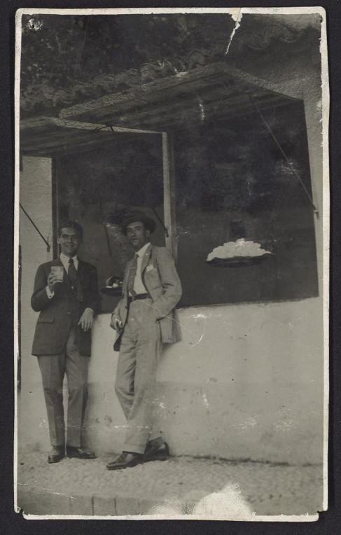 Federico García Lorca junto al pintor Manuel Ángeles Ortiz en el...