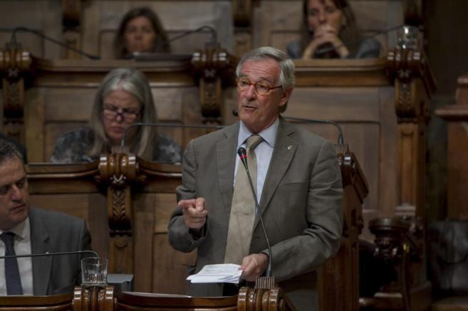 El alcalde de Barcelona Xavier Trias, durante un pleno extraordinario...