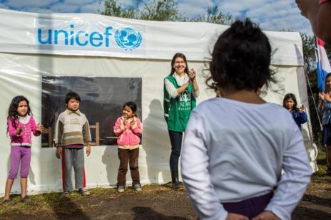 UNICEF ha puesto en marcha 20 aulas móviles para que los niños...