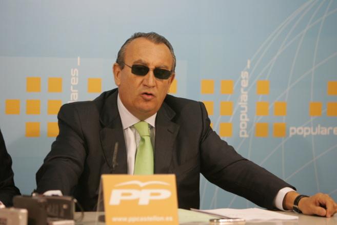 Carlos Fabra en una rueda de prensa del PP.