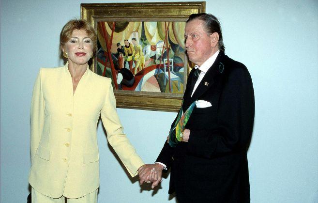 El barón Thyssen y Carmen Cervera, en el Museo Thyssen, en 1998.