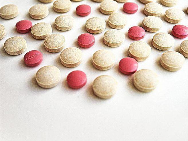Pastillas contra la hepatitis C.